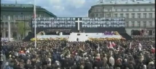 Zentrale Trauerfeier für die Toten von Smolensk