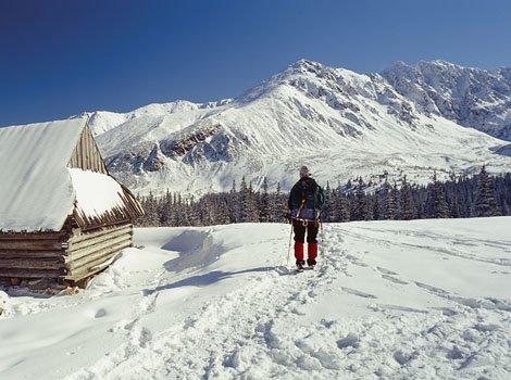 Winterliche Tatra bei Gasiennica; Foto: Polnisches Fremdenverkehrsamt