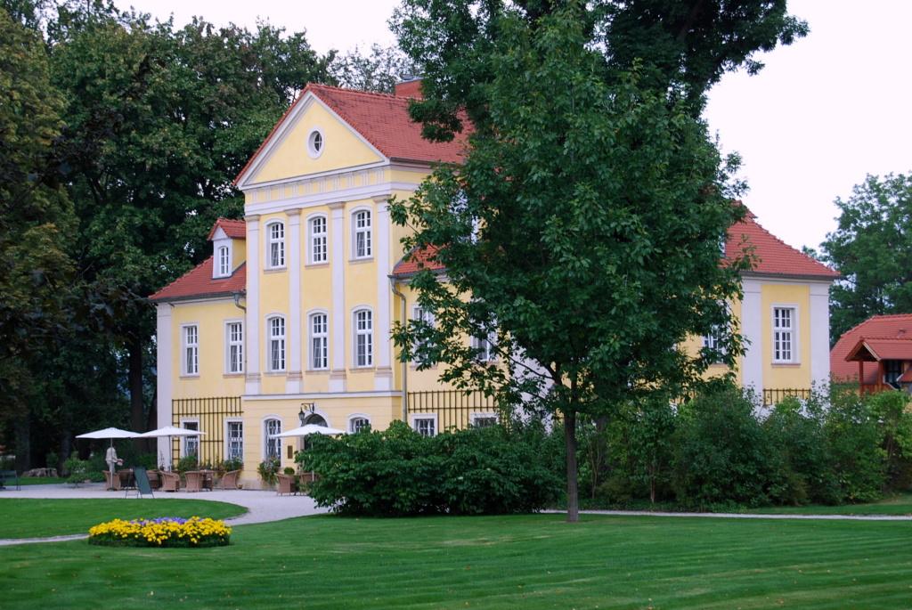 Schlosshotel Lomnica; Foto: Wikimedia, Innalna