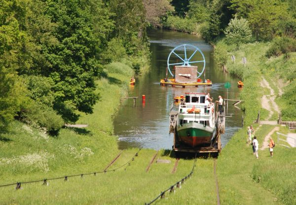 Rollberge, schiefe Ebenen am Oberlandkanal (Kanal Ostrodzko-Elblaski), Foto: B.Jäger-Dabek