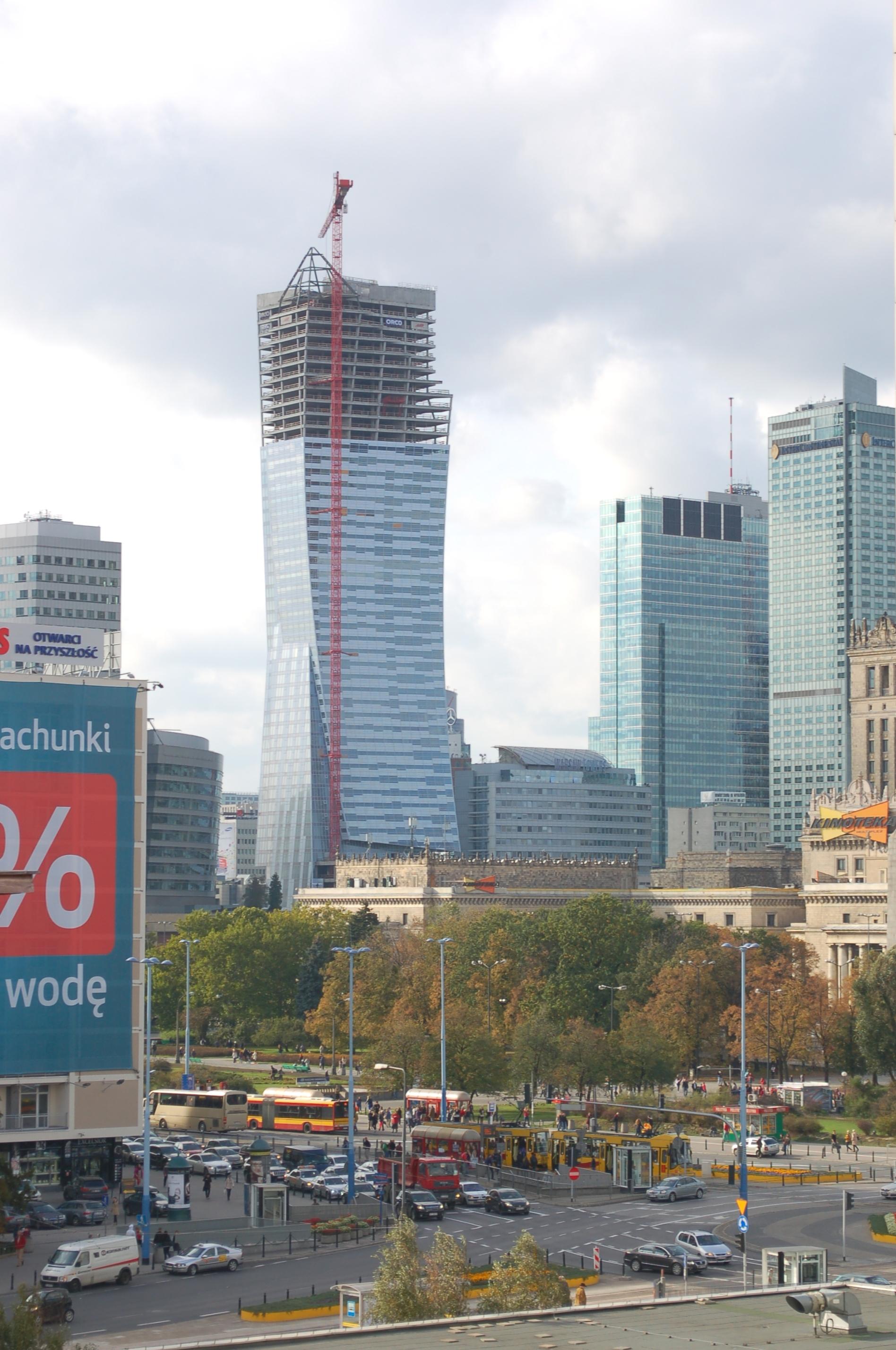 Zlota 44 - Der Libeskind-Tower für Wraschau nähert sich der Vollendung, Foto: Wikimedia Coomons, Wistula