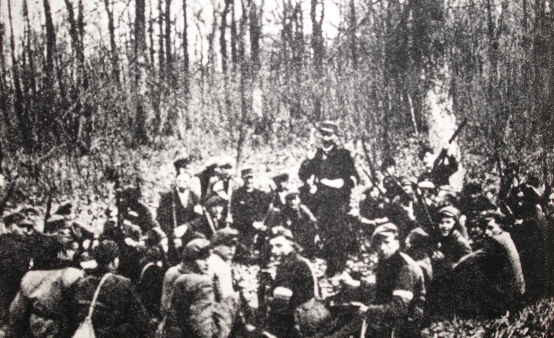 """Kompanie """"Wiklina"""" der polnischen Untergrundarmee Armia Krajowa, Foto: Wikimedia Commons, Ryszard Kaczoruk"""