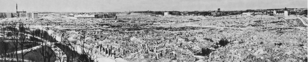 Zerstörtes Warschauer Ghetto, Foto: Zbyszko Siemaszko,  (CAF Warschau), public domain