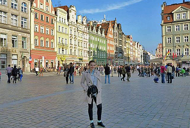 Marlene Stark, Freiwillige in Breslau, Polen