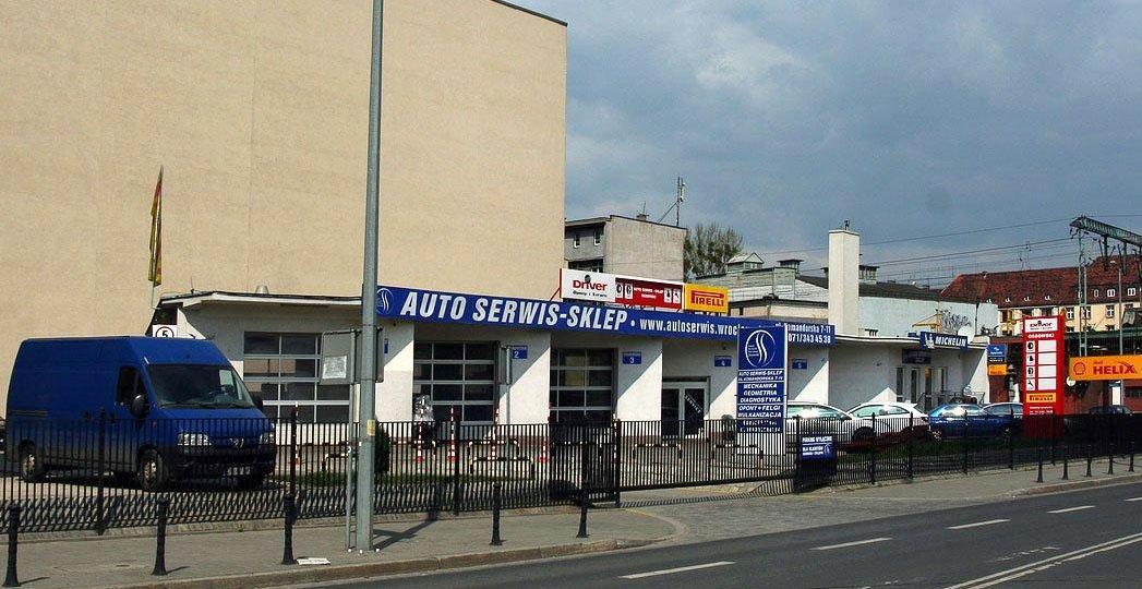 Dienstleistungs-Tourismus: Auto Service in Polen, Foto: mamik/fotopolska.eu, CC-BY-SA-3.0