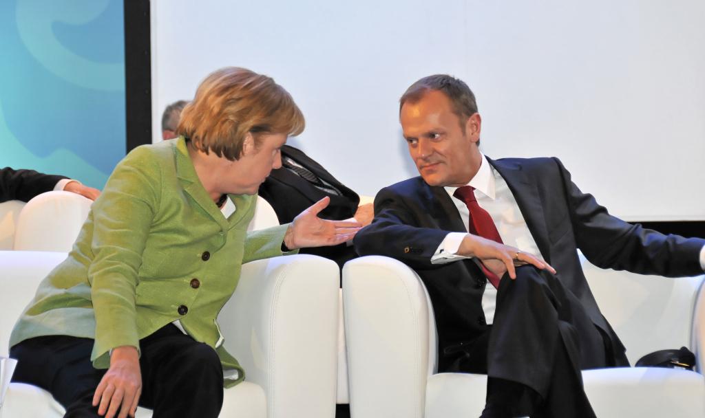 Kein Blatt Papier zwischen Tusk und Merkel, Foto: European People's Party, CC-BY-2.0