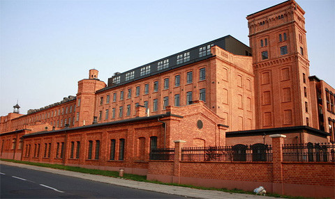 Wohn- und Fabrikkomplex Ksiezy Mlyn in Lodz, Foto: Olchasosna, CC-BY-SA-3.0-PL