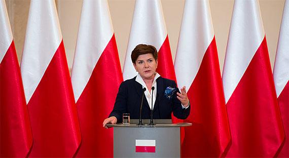 Polens Ministerpräsidentin Szydlo hatte einen Unfall, Foto: P. Tracz/ KPRM, CC00
