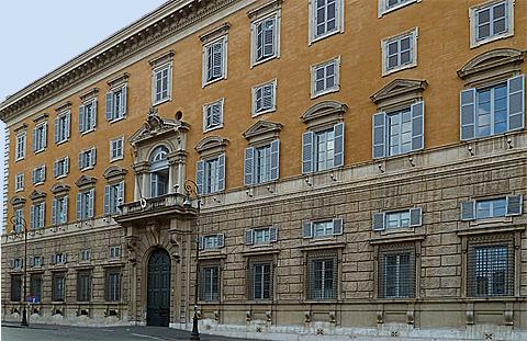 Die Glaubenskongregation im Palazzo del Sant'Uffizio, Arbeitsplatz des geschassten schwulen Priesters