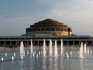 Die Breslauer Jahrhunderthalle, Foto: Rdrozd, GFDL, CC-BY-SA-4.0,3.0,2.5,2.0,1.0