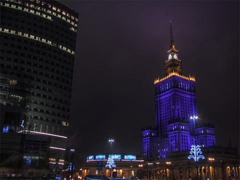 Noch immer ein Warschauer Wahrzeichen, der Kulturpalast, Foto: Marcin Wróbel, CC-BY-SA-3.0-PL,