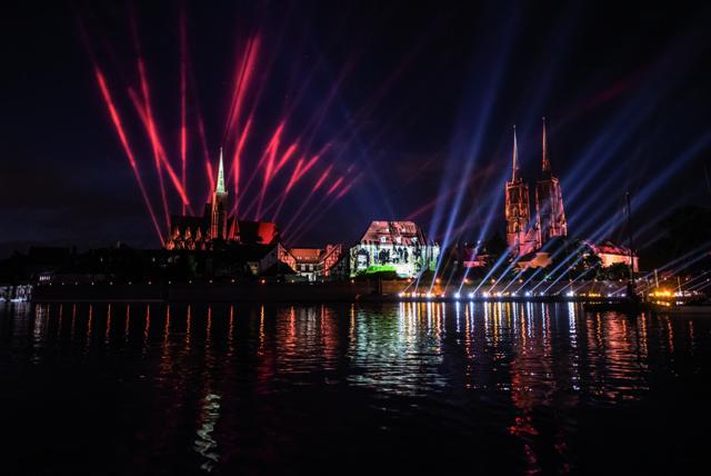 Breslaus Kulturhauptstadtjahr endet mit dem Spektakel Niebo (Himmel), Foto: Kornelia Glowacka-Wolf, Wroclaw2106
