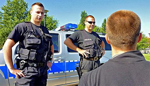 Polnische Verkehrspolizei stellt Verkehrssünder, Foto: Polska Zielona Siec, CC-BY-2.0