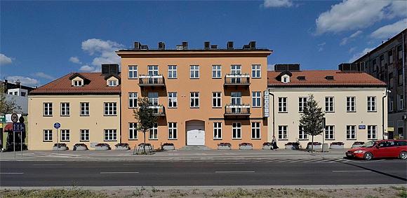 Renoviertes Stadtteilmuseum Praga in Warschau